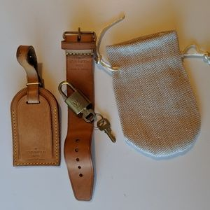 LV luggage tag, poignet, lock/key set #343